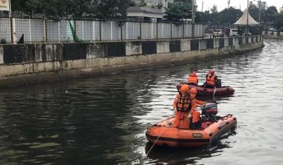 Belum Ditemukan, Pencarian Korban Tenggelam di Kali Hitam Sunter Dilanjutkan Besok