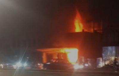 Toko Furnitur di Antasari Jaksel Terbakar, 7 Mobil Damkar Diterjunkan