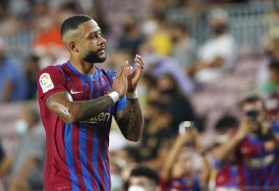 Kecewa Keok dari Bayern Munich, Depay: Barcelona Harus Belajar dari Kesalahan!