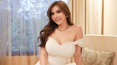 Cantiknya Maria Vania Pakai Gaun Pengantin, Netizen Berebut Ajak Daftar ke KUA!