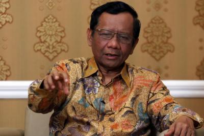 Bamsoet Minta Pasukan Elite Berantas KKB, Mahfud : Suara Ketua MPR Penting bagi Rakyat