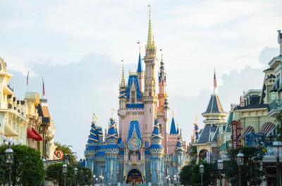 Tak Sadar Masuk Pakai Ipad Curian, Pengunjung Disney Word Diusir