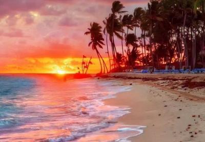 Wisata Pantai Biru Kersik, Nikmati Panorama Laut Sambil Bakar Ikan dan Kepiting