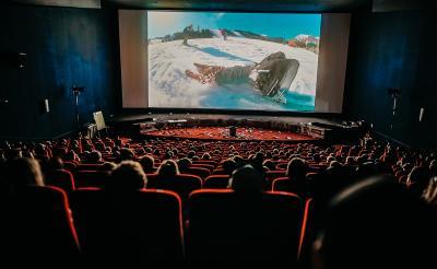 Bioskop Dibuka Lagi, Sandiaga Uno: Kapasitas 50% dan Prokes Ketat