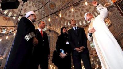 Obama Takjub dengan Masjid Sultan Ahmet: Menghubungkan Masa Lalu hingga Masa Depan