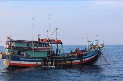 Bikin Kesal! Kapal Asing Masih Curi Ikan di Laut RI, Terbanyak Berbendera Vietnam-Malaysia