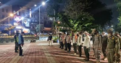 Satpol PP Bubarkan Kerumunan Pemancing dan Pengunjung di Danau Sunter