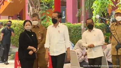 Presiden Jokowi Minta Vaksinasi Pelajar di Banten Segera Dituntaskan