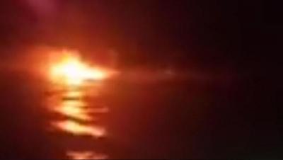 Perahu Nelayan Terbakar di Perairan Sukabumi, Api Membumbung Tinggi di Laut