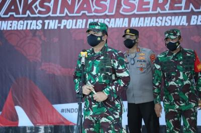 Apresiasi Serbuan Vaksinasi di UIN Lampung, Panglima TNI : Laporkan Jika Stok Vaksin Habis