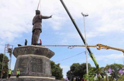 Intip Megahnya Patung Bung Karno Setinggi 8 Meter di Taman Sukasada Buleleng
