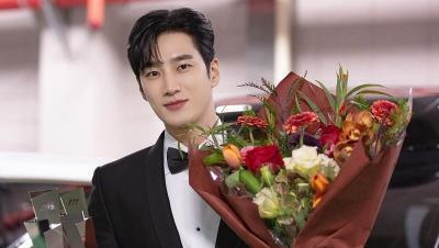 5 Potret Ganteng Ahn Bo Hyun Bintang Drakor Yumi's Cells