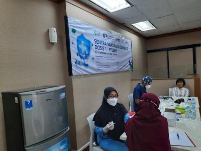 Ikut Vaksinasi MNC Peduli di Kebon Sirih, Warga Harap Pandemi Segera Berakhir