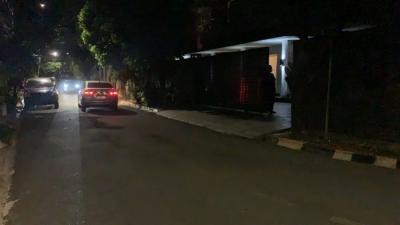 Pasca-Dijemput Paksa KPK, Begini Suasana Rumah Azis Syamsuddin di Pondok Pinang