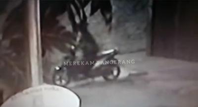 Ustadz Tewas Ditembak, Ini Sosok Pelaku Terekam CCTV
