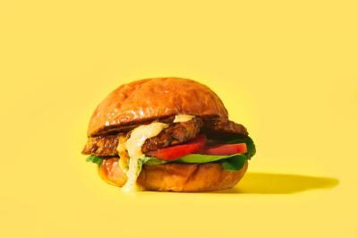 Tren Saus Aneka Rasa Bikin Makan Burger Gak Hambar