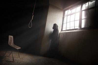 5 Kasus Bunuh Diri dengan Korban Tinggalkan Surat Wasiat