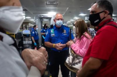 Ada Layanan Khusus Bantu Orang Kesulitan di Bandara, Seperti Apa Ya?