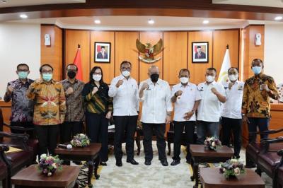 Ketua DPD Dorong Pemkot Surabaya Percepat Sertifikasi Aset