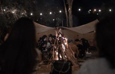Rindu Suasana Camping? Yuk Mampir ke Kafe Ini, Enggak Pakai Ribet Kok!