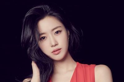 Eunjung T-ARA Gabung Agensi Management KOO
