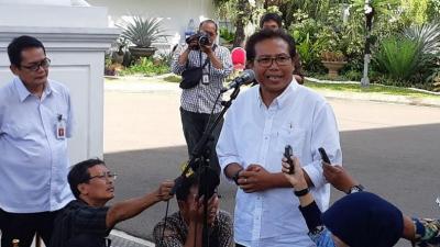 Respons Survei, Fadjroel Sebut Presiden Jokowi Berhasil Atasi Pandemi Dibanding Negara Lain
