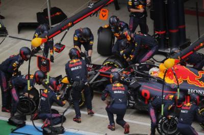 Mulai dari Paling Belakang, Ini Faktor Kunci Max Verstappen Naik Podium Kedua di F1 GP Rusia 2021