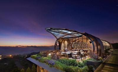 5 Hotel Suguhkan Pemandangan Alam Indah di Malang Raya, Betah Berlama-lama