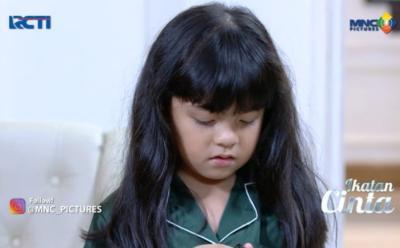 Reyna Tunjukkan Alat Penyadap ke Papa Al, Mama Rossa Tanya Sosok Peneror Keluarganya