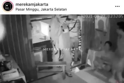 Pegawai Martabak di Cilandak Disatroni Perampok Bersajam, 3 Handphone Raib