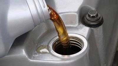 Ingat! Ini 5 Dampak Buruk jika Mobil Matik Kekurangan Oli Transmisi