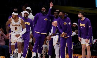 LA Lakers Babak Belur di Pramusim NBA 2021-2022, Ini Dalih Frank Vogel