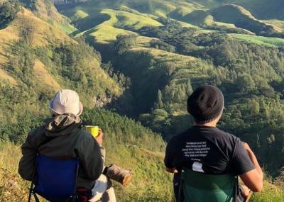 Menikmati Pesona Budug Asu, Bukit Cantik di Kaki Gunung Arjuna