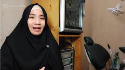 Cerita Haru drg Carissa Grani Jadi Mualaf, Sempat Diancam Dibunuh Suami