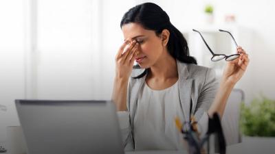 Waspadai Penyebab Computer Vision Syndrome, Cegah dengan Rumus 20-20-20