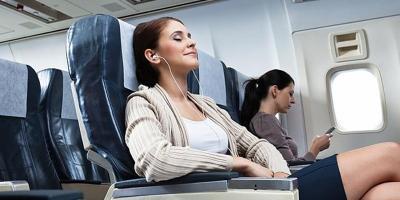 Dear Traveler, 7 Lagu K-Pop Ini Cocok Menemani Perjalananmu di Pesawat