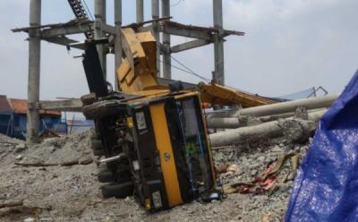Insiden Crane Jatuh Lukai 3 Warga di Depok, Operator Jadi Tersangka