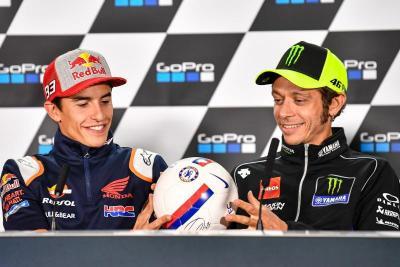 Gara-Gara Cedera, Marc Marquez Diprediksi Takkan Bisa Samai Rekor Gelar Juara Valentino Rossi