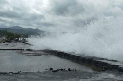 Waspada Gelombang Tinggi hingga 4 Meter di Perairan Indonesia 3 Hari ke Depan
