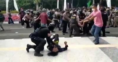 Mahasiswa yang Dibanting Oknum Polisi Jalani Rawat Jalan