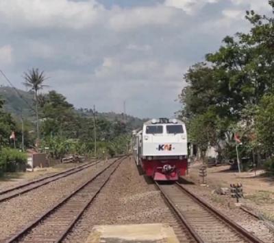 Ini Dia Stasiun Kereta Tertinggi di Indonesia