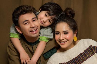 Rafathar Beri Kejutan Anniversary Pernikahan, Nagita Slavina Menangis Haru