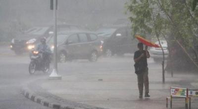 Hati-Hati! Hujan Lebat Disertai Angin Kencang Terjadi di Jabodetabek Dini Hari Ini hingga Pagi