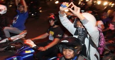 Sejumlah Anggota Geng Motor Bersajam Serang Kampung di Bogor