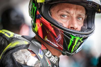 Meski Gagal Akhiri Kariernya di MotoGP dengan Hasil Baik, Valentino Rossi Masih Bisa Tersenyum