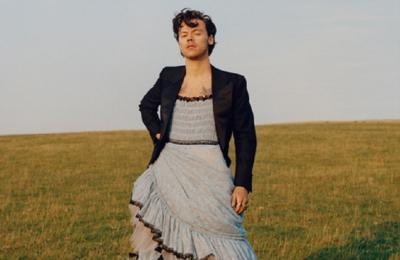 Billy Porter Tak Suka Harry Styles Pakai Dress Jadi Cover Majalah Vogue