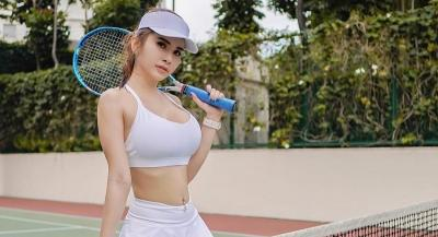 Penampilan Maria Vania Pakai Bra Putih Bikin Jiwa Bergejolak, Netizen: Makin Mirip Miyabi