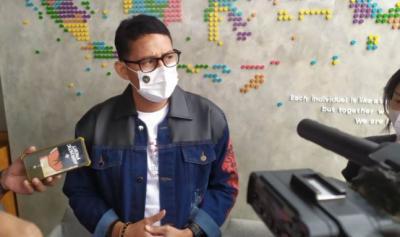 Thailand Cabut Karantina bagi Wisman Divaksin, Sandiaga: Kita Tak Berlomba Banyak-banyakan Turis