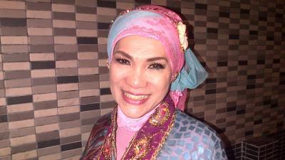 Baru Pulang dari RS, Dorce Gamalama Jatuh dari Kamar Mandi