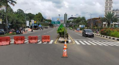 Siang Ini, Lalin Jalur Puncak Terapkan One Way Arah Jakarta